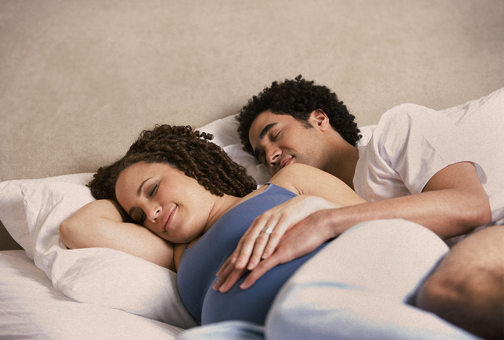 young-couple-bed